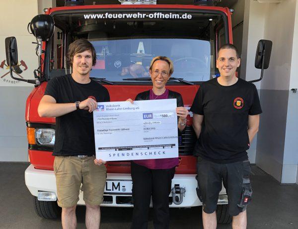 Spende für den Feuerwehrverein