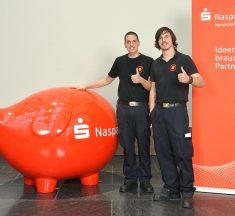 Freiwillige Feuerwehr Offheim e.V. erhält 500 Euro Spende bei der Naspa-Aktion 50*500